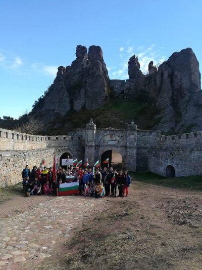 Изнесени уроци по български език и литература на тема Отечеството - обичано и неоценено - Изображение 5