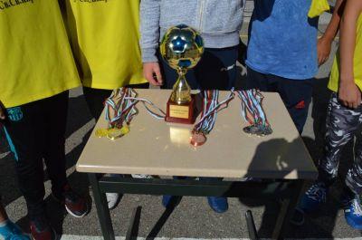 Училищния турнир по футбол за ученици от шести и седми клас приключи 4
