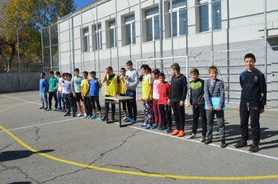 Училищния турнир по футбол за ученици от шести и седми клас приключи 6